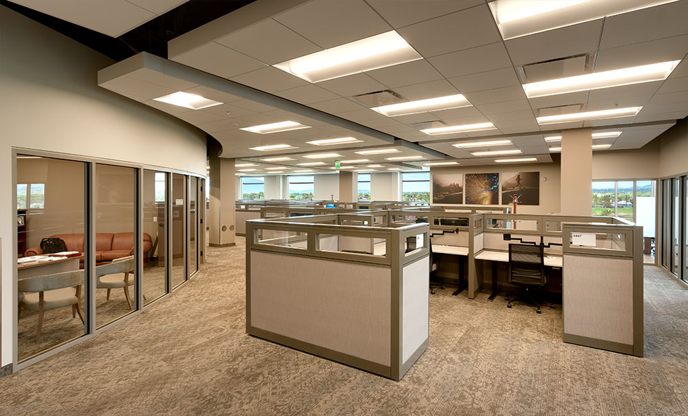 Commercial-Architecture-Utah-Deseret-First-Credit-Union-Op-Center-West-Valley-City