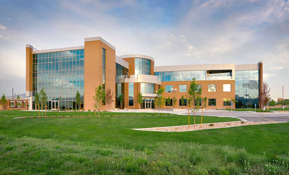 Utah-Commercial-Architecture-Deseret-First-Credit-Union-Operations-Center-West-Valley-City