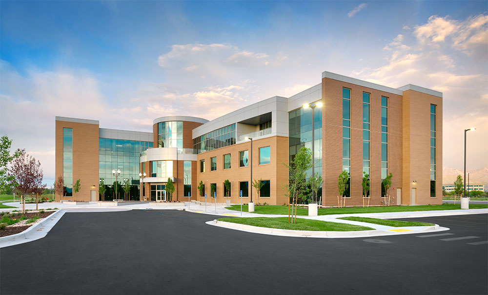 Utah-Commercial-Architecture-Deseret-First-Credit-Union-Operations-Center-West-Valley