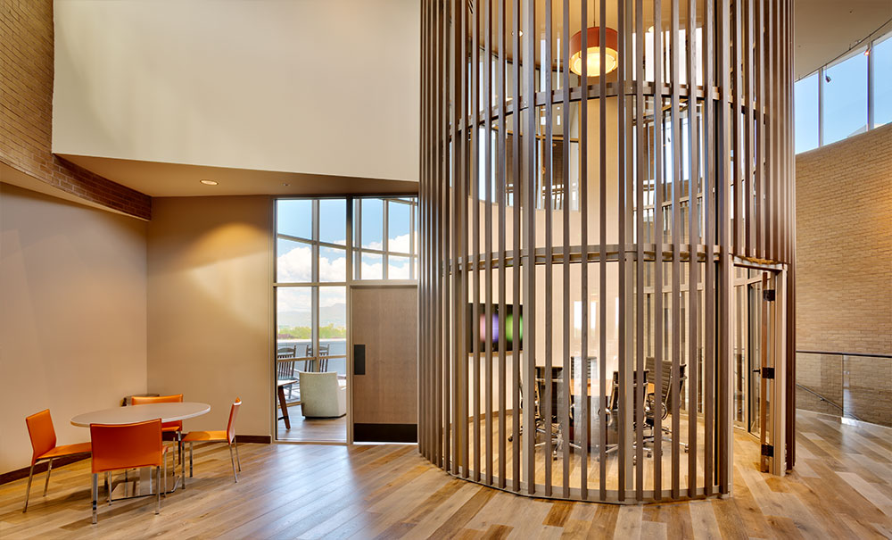 Utah-Commercial-Architecture-Deseret-First-Credit-Union-Operations-West-Valley-City
