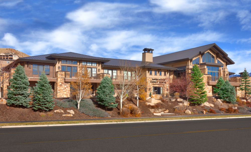 Commercial-Architecture- Traverse-Mountain-Sales-Center