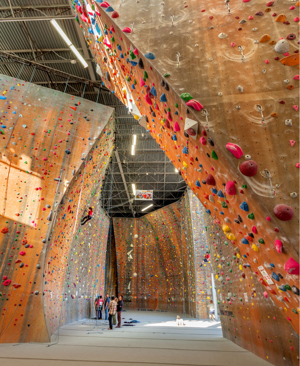 Utah-Commercial-Architecture-Momentum-Climbing-Gym-Sandy