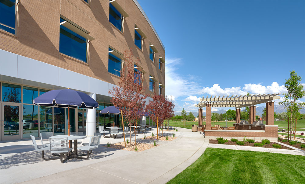 Commercial-Architecture-Utah-Deseret-First-CU-Operations-Center