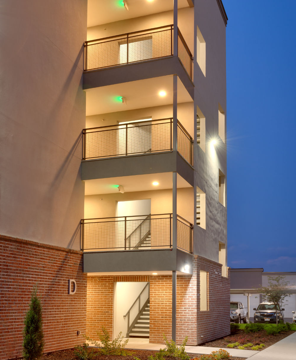 Housing-Multi-Family-Architect-Parkway-Lofts-Apartments-Orem