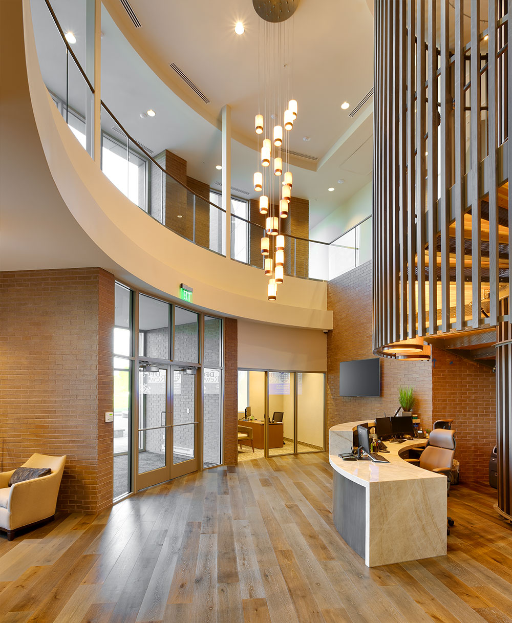 Utah-Bank-Architecture-Deseret-First-CU-West-Valley