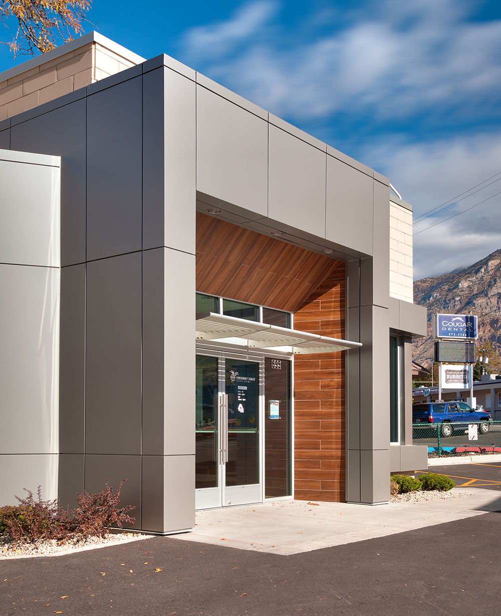 Commercial-Architecture-Utah-Deseret-First-Credit-Union-Provo-Branch-(9)