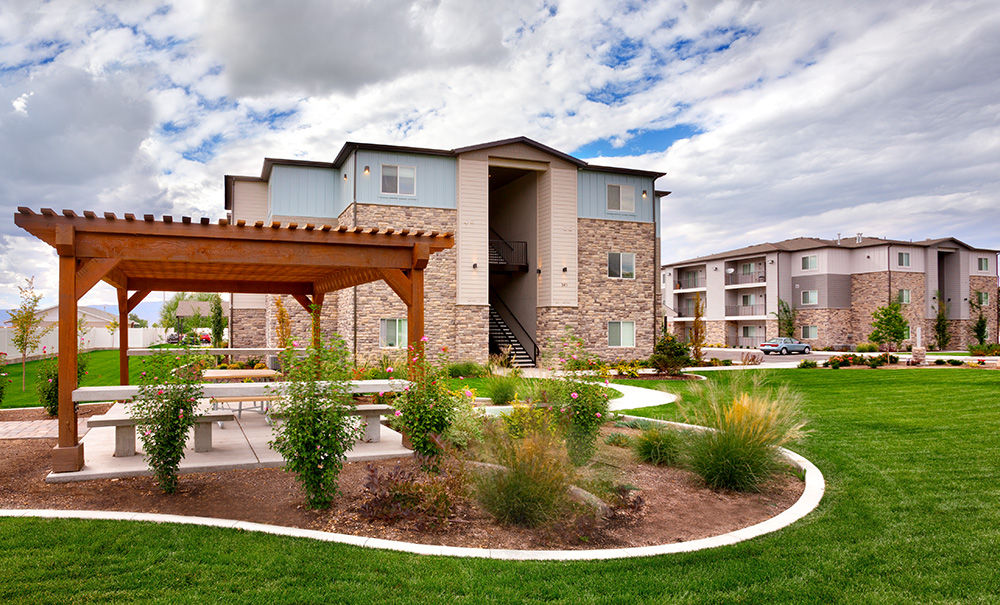 utah-housing-architecture-south-pointe-condos