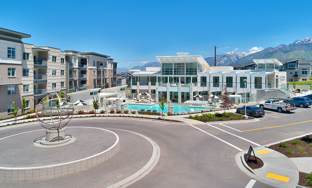 apartment-clubhouse-architecture-utah-rockpoint-bluffdale